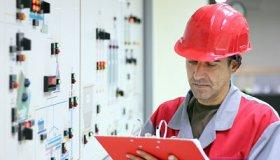 Electrical-Engineer-2_opt_grid.jpg
