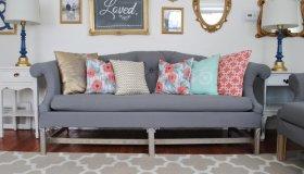 Tufted-Sofa-1024x637_grid.jpg